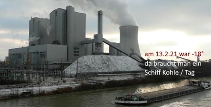 Nun aber zu Stöcken - Foto mit Kohleschiff im Winter